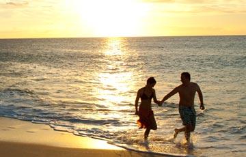 Stroll along miles of white sands of Papohaku Beach on Molokai