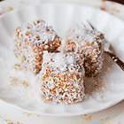 Thai Tea Lamington Set
