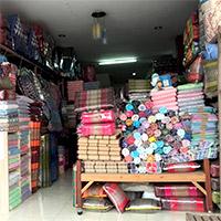 Charoen Phahomnuam (ร้านเจริญผ้าห่มนวม)